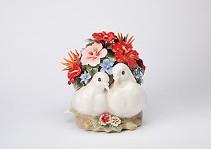 Lovedoves Porcelain Music Box