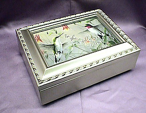 Hummingbirds Champagne Silver Music Box # HB044